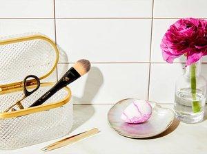 Foundation Brush + Beautyblender = Flawless Face-Base Goals
