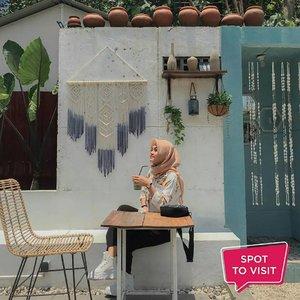 #SpotToVisit @picokopi, Jalan Ahmad Yani, Kota Kediri. Yuk tag teman yang mau kamu ajak ke sini. . 📷 @aini_001 @anjarinf #ClozetteID #cafekediri #kediri #instacafe #picocoffee #picocafe#sobatpico #pico #cafestagram #cafe