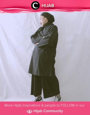 Ultimate black on black outfit shared by Clozette Ambassador @ladyulia. Who's inspired? Simak inspirasi gaya Hijab dari para Clozetters hari ini di Hijab Community. Yuk, share juga gaya hijab andalan kamu.