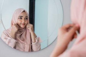 5 Trik Merawat Hijab Voal Agar Lembut dan Tidak Mudah Rusak