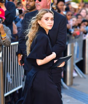 Ashley Olsen Wore An All-Black Outfit For A Date Night In New York City