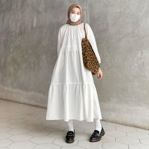 How to Style White For Hijab Style For Summer Looks - Hijab-style.com