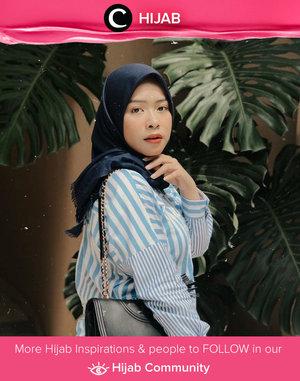 Blue and stripes to enjoy your Friday! Simak inspirasi gaya Hijab dari para Clozetters hari ini di Hijab Community. Image shared by Star Clozetter @Fazkyazalicka. Yuk, share juga gaya hijab andalan kamu.