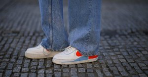 12 Fresh Ways to Wear Your Favorite Combo: Jeans and Sneakers
