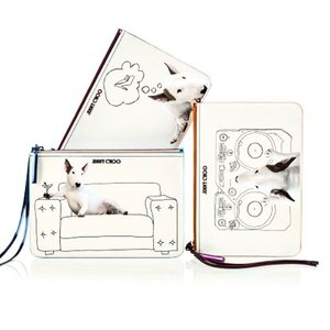 We woof this ChooHound collection by @jimmychoo , the whimsical capsule collection formed from the collaboration with Brazilian artist Rafael Mantesso.. #ClozetteID #EditorsPick #JimmyChoo #choohound #artist #fashionista #fashion #fashionaccessories #pouch #clutch #baglovers #instadaily #instamoment #instago #fashionblogger #style #love #styleoftheday