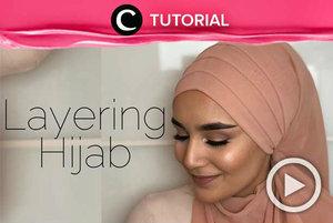 Yuk, tampil berbeda ketika Lebaran nanti. Gaya hijab ini bisa kamu coba, Clozetters. Lihat tutorialnya di: http://bit.ly/2lLHvAA. Video ini dibagikan kembali oleh Clozetter @kyriaa. Intip juga tutorial lainnya di Tutorial Section.