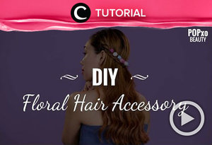 Aksesoris rambut dapat membuat penampilan sederhanamu lebih menarik. Contohnya aksesoris bunga seperti ini. Yuk, intip cara membuatnya di: http://bit.ly/2UWReYS. Video ini di-share kembali oleh Clozetter @ranialda. Lihat tutorial lainnya juga ya di Tutorial Section.