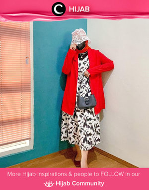 Masih bulan Agustus, belum telat untuk memposting foto bernuansa merah-putihmu, Clozetters! Coba tiru gaya Clozetter @rizunaswon yang tampil cerah dengan pilihan warna bendera Indonesia. Simak inspirasi gaya Hijab dari para Clozetters hari ini di Hijab Community. Yuk, share juga gaya hijab andalan kamu.
