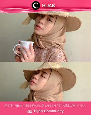 Morning, Clozetters! Sip your morning coffee and get ready for the hump day! Image shared by Clozetter @astirrr. Simak inspirasi gaya Hijab dari para Clozetters hari ini di Hijab Community. Yuk, share juga gaya hijab andalan kamu.