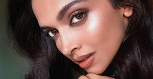 How to nail a smokey eye in 3 simple steps