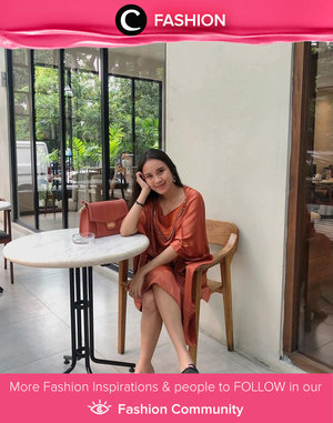 Matchy matchy dress and bag ala Clozette Crew @carolinarwt. Simak Fashion Update ala clozetters lainnya hari ini di Fashion Community. Yuk, share outfit favorit kamu bersama Clozette.