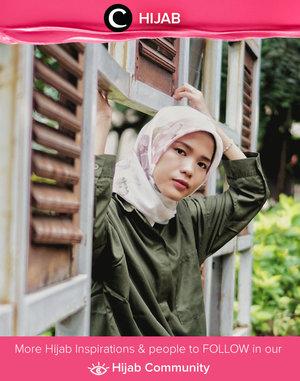 Stay humble in earthy colors. Simak inspirasi gaya Hijab dari para Clozetters hari ini di Hijab Community. Image shared by Clozetter @cicidesri. Yuk, share juga gaya hijab andalan kamu.