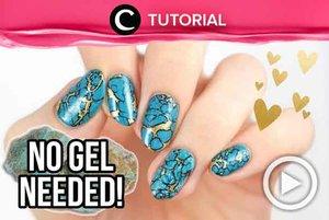 How to make realistic turqoise stone nails without using gel? See the tutorial here: http://bit.ly/2m6mkgf. Video ini di-share kembali oleh Clozetter @saniaalatas. Lihat juga tutorial lainnya di Tutorial Section.