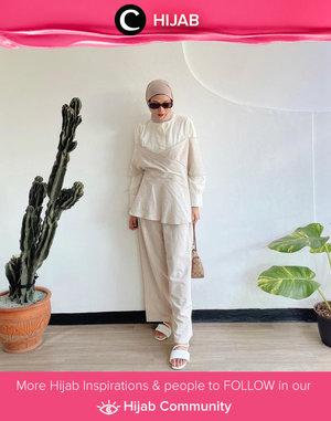 Neutral from head to toe. Image shared by Clozette Crew @astrityas. Simak inspirasi gaya Hijab dari para Clozetters hari ini di Hijab Community. Yuk, share juga gaya hijab andalan kamu.