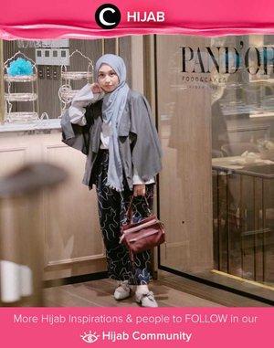 Ingin tampil edgy seperti Clozetter @andinara? Maksimalkan teknik layering pada outfit-mu, dengan pemilihan warna cool-tones yang netral. Simak inspirasi gaya Hijab dari para Clozetters hari ini di Hijab Community. Yuk, share juga gaya hijab andalan kamu.