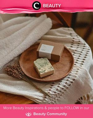One of essential thing for Clozette Ambassador @yanitasya: Fresh Bamboo Natural Handmade Bar Soap from Seka Soap. What about you, Clozetters? Simak Beauty Update ala clozetters lainnya hari ini di Beauty Community. Yuk, share produk favorit dan makeup look kamu bersama Clozette.