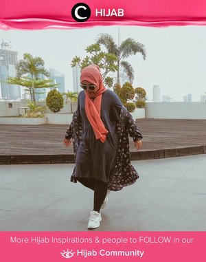 Friday in long tees and comfy outers, inspired by Clozetter @sridevi_sdr. Simak inspirasi gaya Hijab dari para Clozetters hari ini di Hijab Community. Yuk, share juga gaya hijab andalan kamu.