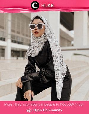 Bosan dengan gaya hijabmu? Hijab style ala Clozette Crew @atrityas ini bisa kamu coba, lho. Simak inspirasi gaya Hijab dari para Clozetters hari ini di Hijab Community. Yuk, share juga gaya hijab andalan kamu.