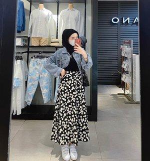 Stylish Ways To Style Pattern Skirt For Summer Hijab Looks - Hijab-style.com