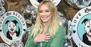 Hilary Duff's new jaw-skimming bob has convinced us to follow the short hairstyle trend for 2020