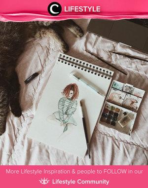 Nggak ada salahnya memulai kembali hobi lama untuk mengisi waktu luangmu, seperti Clozetter @cintakamil yang mulai menggambar sketch lagi setelah lama tak menyentuh sketch book. Simak Lifestyle Updates ala clozetters lainnya hari ini di Lifestyle Community. Yuk, share juga momen favoritmu.