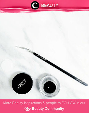 Tonymoly Black Backstage Gel Liner. Very creamy and easy to apply. Simak Beauty Updates ala clozetters lainnya hari ini di Beauty Community. Image shared by Clozetter @glowlicious. Yuk, share beauty product andalan kamu.