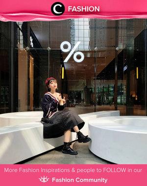 Clozetter @mndalicious shared her cute yet edgy outfit styling, remind us of the Harajuku street style from Japan! Simak Fashion Update ala clozetters lainnya hari ini di Fashion Community. Yuk, share outfit favorit kamu bersama Clozette.