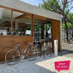 #SpotToVisitKyō Coffee @kyocoffee.id, Jl. Wirajasa Blok ZN No. 1, Jakarta Timur.Yuk tag teman yang mau kamu ajak ke sini..📷 @sekupsytic#ClozetteID #kyocoffee #coffeeshopjakartatimur#kafejakarta #kafejakartatimur