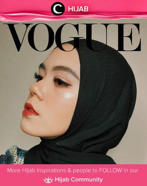 We love the dramatic vibe on this #voguechallenge ala Clozetter @Alsachi. Simak inspirasi gaya Hijab dari para Clozetters hari ini di Hijab Community. Yuk, share juga gaya hijab andalan kamu.