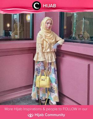Colorful Friday in yellow and blue. Super fresh HOOTD by Clozetter @unidzalika! Simak inspirasi gaya Hijab dari para Clozetters hari ini di Hijab Community. Yuk, share juga gaya hijab andalan kamu.