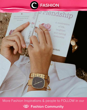 Classic and timeless, gold watch is a must-have item for every woman. Ps : We love this gorgeous watch from Lanccelot. Simak Fashion Update ala clozetters lainnya hari ini di Fashion Community. Image shared by Clozette Ambassador @ItaChenn.Yuk, share outfit favorit kamu bersama Clozette.
