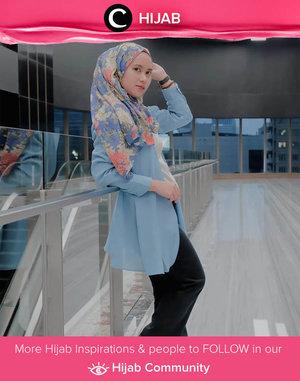 A pop of color never hurts - especially when the color is blue! Images shared by Clozetter @ismahanchrnns. Simak inspirasi gaya Hijab dari para Clozetters hari ini di Hijab Community. Yuk, share juga gaya hijab andalan kamu.