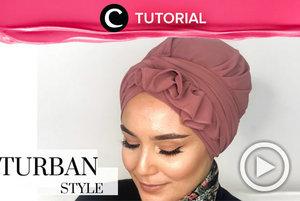 Ingin variasi turbanmu lebih banyak? Coba intip tutorial berikut: http://bit.ly/2PKBHFF. Video ini di-share kembali oleh Clozetter @dintjess. Lihat juga tutorial lainnya di Tutorial Section.