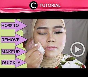 Sering merasa kesulitan menghapus makeup dengan cepat? Yuk tonton tutorial berikut : http://bit.ly/2KrxJiB . Video ini di-share kembali oleh Clozetter @chocolatelove. Intip tips lainnya di Tutorial section ya.