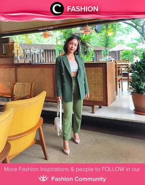 Today's monochrome idea: wear alll your favorite green pieces in one look! Image shared by Clozetter @sakuralisa. Simak Fashion Update ala clozetters lainnya hari ini di Fashion Community. Yuk, share outfit favorit kamu bersama Clozette.