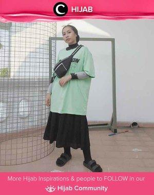 Take your street style game to the next level like Clozetter @ladyulia. Simak inspirasi gaya Hijab dari para Clozetters hari ini di Hijab Community. Yuk, share juga gaya hijab andalan kamu.