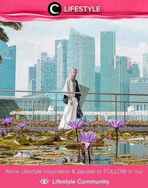 Jika berkesempatan ke Singapura, jangan lewatkan spot foto Clozetter @diannopiyani ini yang terletak di anatara Marina Bay Sands dan Art Science Museum. Kolam teratainya yang cantik membuat spot ini semakin Instagrammable. ya. Simak Lifestyle Updates ala clozetters lainnya hari ini di Lifestyle Community. Yuk, share juga momen favoritmu.