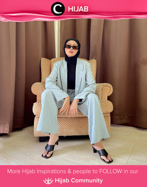Clozette Crew @astrityas embracing her inner lady boss thru style. Simak inspirasi gaya Hijab dari para Clozetters hari ini di Hijab Community. Yuk, share juga gaya hijab andalan kamu.