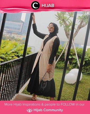 Make your Wednesday as easy as Sunday morning with comfortable outfit! Image shared by Clozette Ambassador @prapancadf. Simak inspirasi gaya Hijab dari para Clozetters hari ini di Hijab Community. Yuk, share juga gaya hijab andalan kamu.