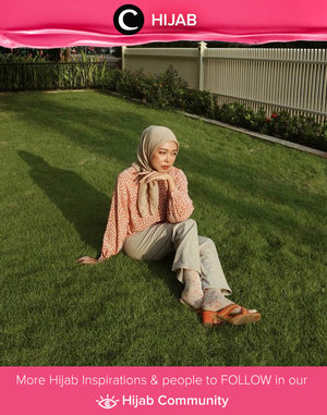 Pastel on pastel look by Clozetter @nandatiara15. Happy weekend, Clozetters! Simak inspirasi gaya Hijab dari para Clozetters hari ini di Hijab Community. Yuk, share juga gaya hijab andalan kamu.