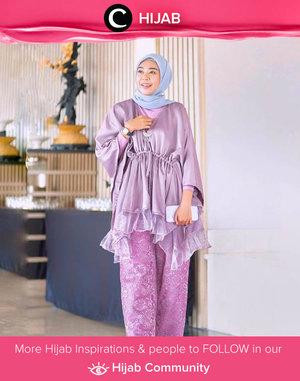Clozetter @zilqiah looks lovely in purple outfit! Simak inspirasi gaya Hijab dari para Clozetters hari ini di Hijab Community. Yuk, share juga gaya hijab andalan kamu.