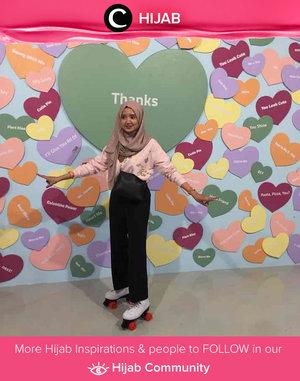 Another day, another throwback picture. Stay safe and stay strong, Clozetters! Images shared by Clozette Crew @dillafdiah. Simak inspirasi gaya Hijab dari para Clozetters hari ini di Hijab Community. Yuk, share juga gaya hijab andalan kamu.