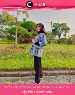 Morning, Clozetters! Why don't you try some patterned outfit like Clozetter @abellyka today? Simak inspirasi gaya Hijab dari para Clozetters hari ini di Hijab Community. Yuk, share juga gaya hijab andalan kamu.