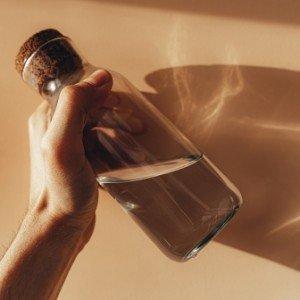 Manfaat Air Putih untuk Kulit yang Wajib Kamu Tahu!