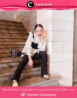 Clozette Ambassador @bebelicious inspired us with her business chic look. Simak Fashion Update ala clozetters lainnya hari ini di Fashion Community. Yuk, share outfit favorit kamu bersama Clozette.