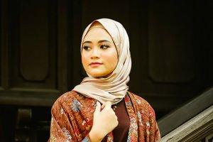 Tips Memakai Batik untuk Hijabers Milenial