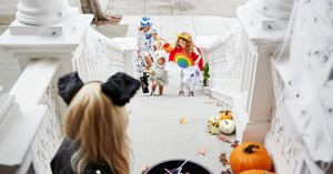 Wanna Be the Coolest Halloween House on the Block? Stop Carving Pumpkins and Throw a Party!