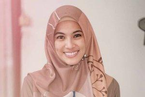 Trik Alyssa Soebandono Pilih Jarum Pentul untuk Hijab