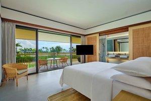 Menikmati Paduan Indahnya Belitung dan Kenyamanan Menginap di Sheraton Resort