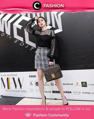 Black and tweeds! Clozette Ambassador @silviamuryadi is ready for fashion week! Simak Fashion Update ala clozetters lainnya hari ini di Fashion Community. Yuk, share outfit favorit kamu bersama Clozette.
